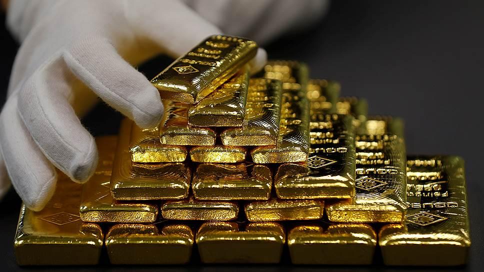 Куда вкладывать средства? Валюта, Акции компаний, Золото или Биткоин