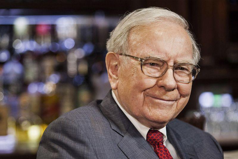 Баффет купил акции своей компании после продажи акций других компаний